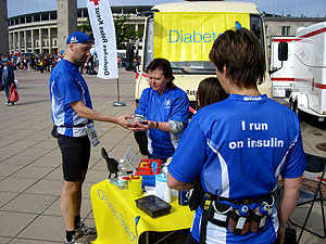 BIG 25 Berlin - Diabetes-Station 1 (Blutzucker-Messung)